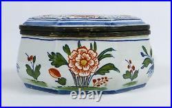 Antique French Faience Japonisme Ceramic Box with Geisha Girl Motif Excellent
