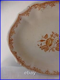 Moustiers. Plat oblong faience ocre 18ème. Antique céramic french platter plate