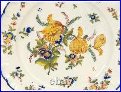 Plat rond fleurs faïence Saint Clément antique french XXème siècle