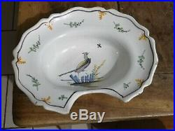 Rare Plat à barbe faïence polychrome Nevers 18 siècle/antique french/collection/